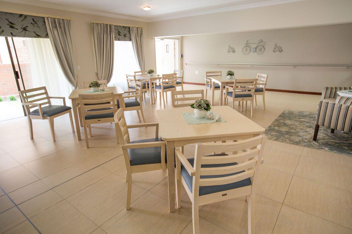La Vie Care Oosmed Dining Room