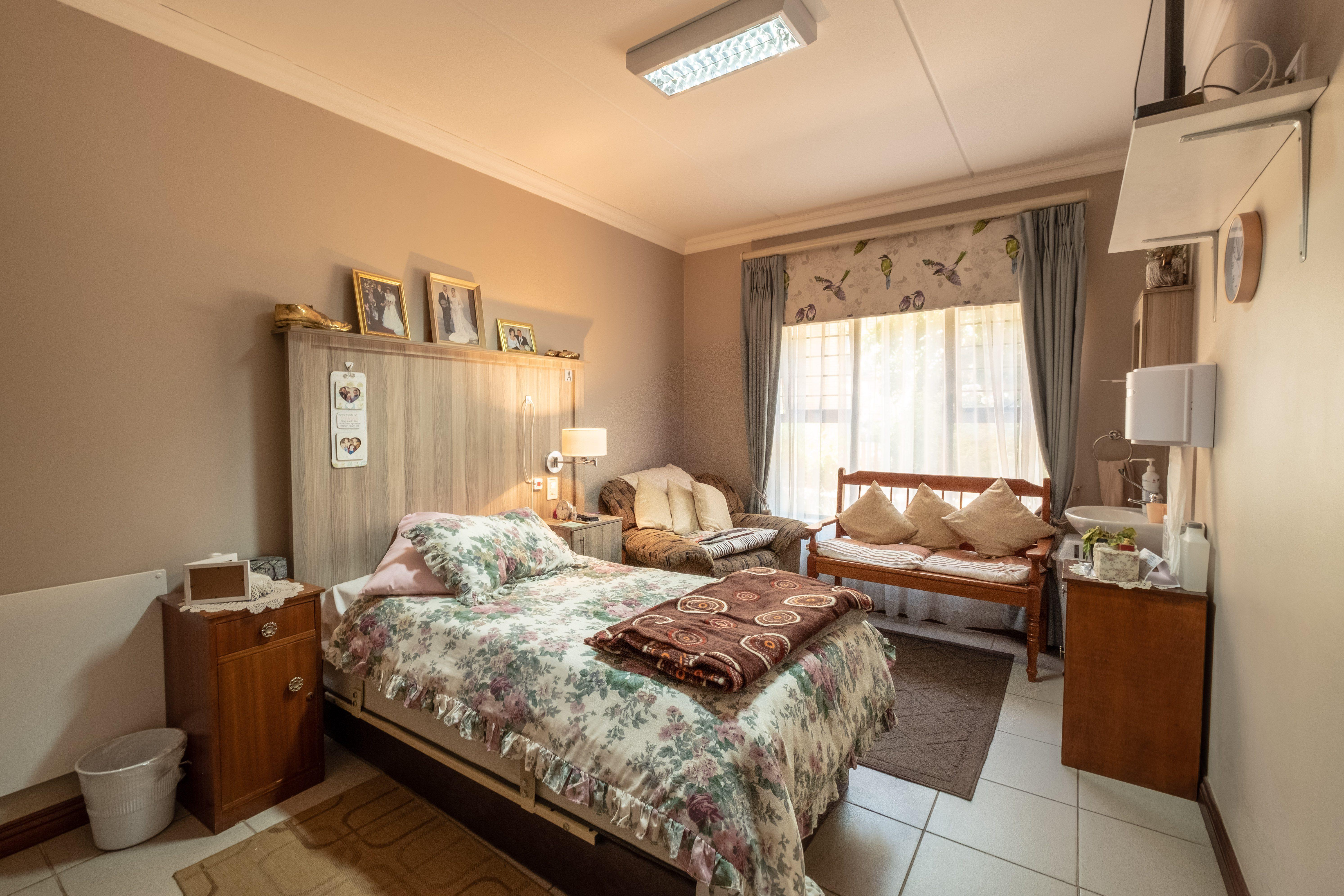 Elmed Single Room