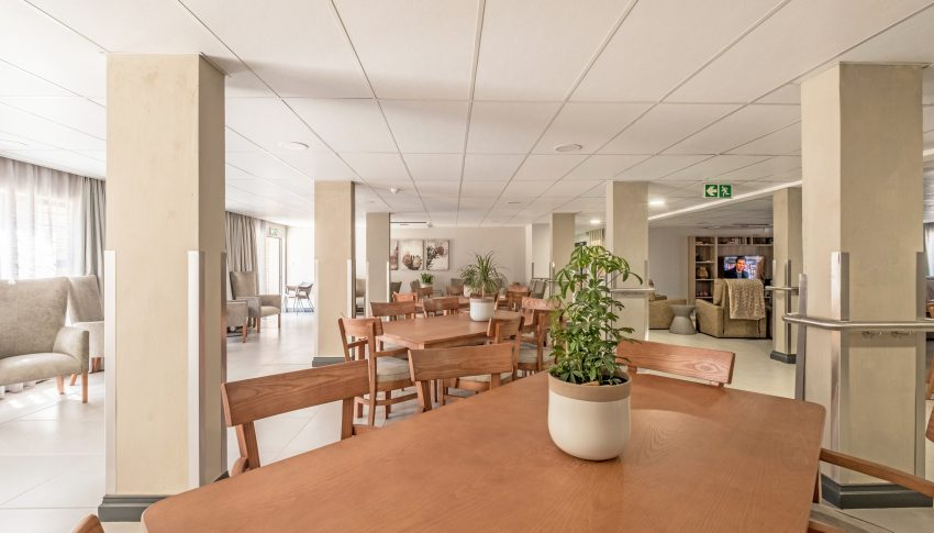La Vie Care Northmed Dining Room